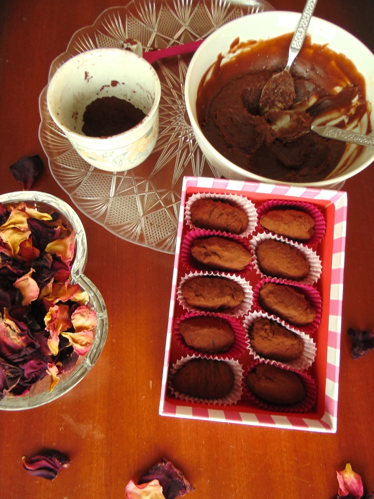 In a Truffle: Dark Chocolate and Rose; Milk Chocolate, Salt and Cinnamon Truffles_Brendon D'Souza_1