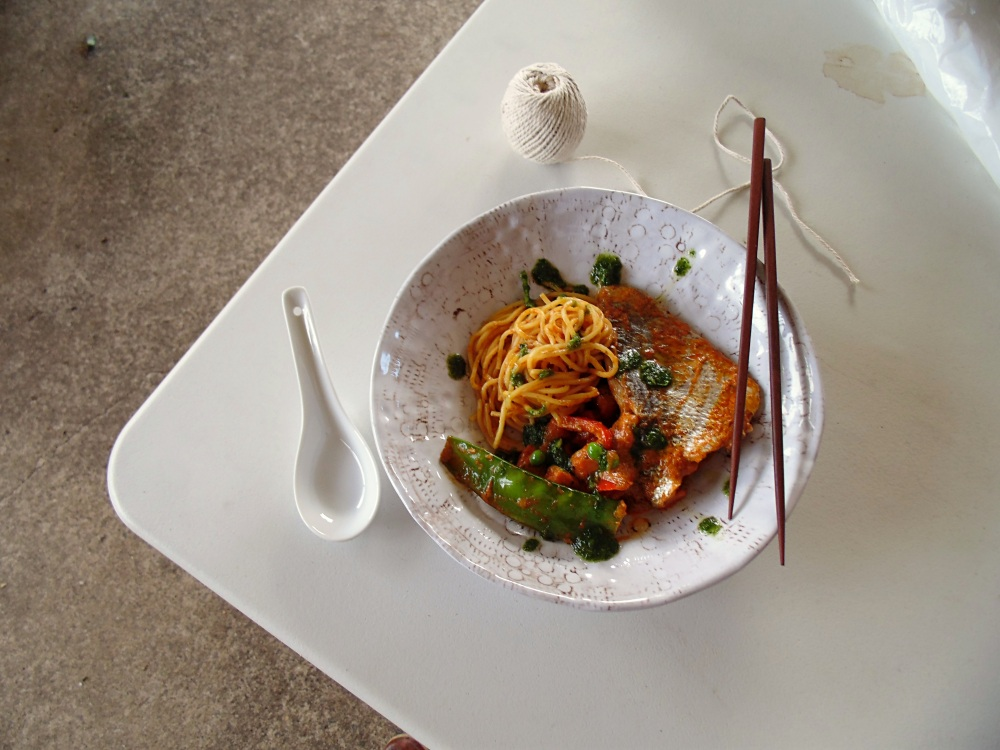 The Best Winter Seafood: Red Curry Bream with Sweet Potato, Capsicum, Snow Peas, Peas and Noodles_BrendonTheSmilingChef_3