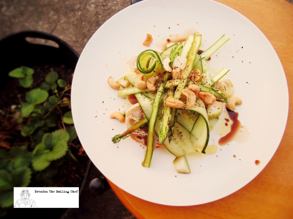 Open Sandwich of Asparagus, Cucumber and Cashews | Brendon The Smiling ...