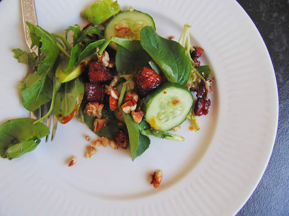 If you don't feel like fancy plating this salad looks great even when tossed.